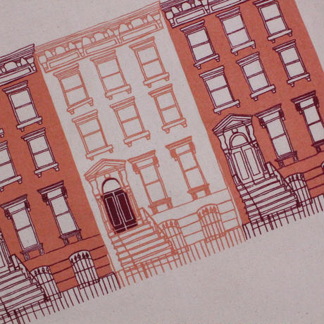 APRON HOUSE(RD) / Claudia Pearson