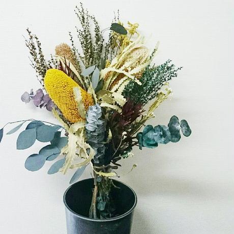 【定番人気】ざっくり束ねたおしゃれなドライフラワーの花束 個性的な花のインテリア、プレゼント!お家や店舗の装飾にも セミオーダー、DIY可能!