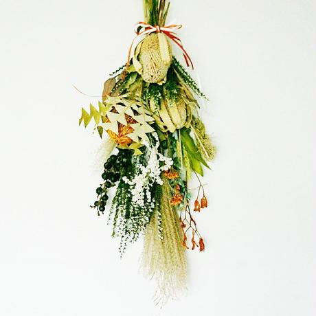 banksia『太陽の花』スワッグ L ーharvestー おしゃれな花のプレゼント 贈答品