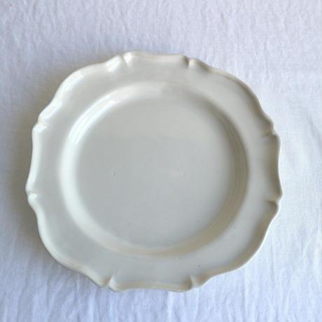 白艶釉レリーフ皿M  /  河合竜彦
