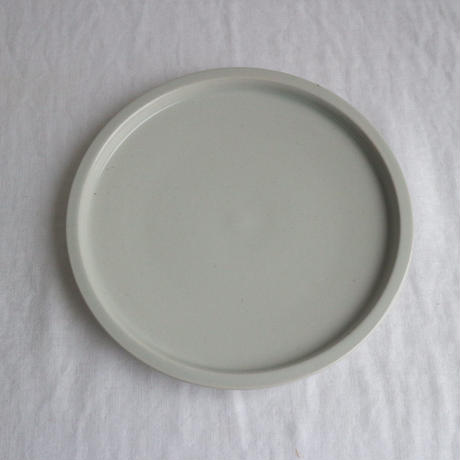 リム皿細6寸白 / こいずみみゆき