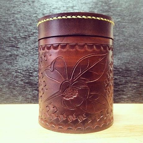 牛革製 茶筒(1050円シリーズの緑茶セット) | 静岡茶ギフト、深蒸し茶専門店 GREEN*TEA WORKSHOP