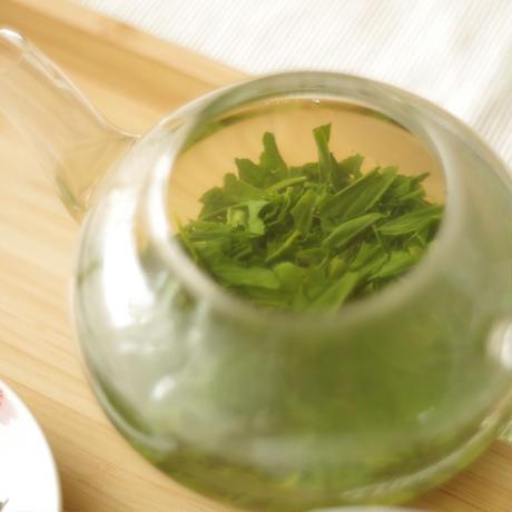 令和3年新茶!芽重型の高級品種さえみどりの被せ煎茶「貢大」30g