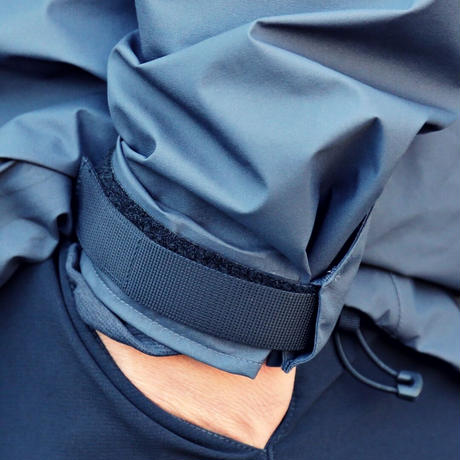 【Tilak+POUTNIK】Caw Jacket GTX - Ebony Grey