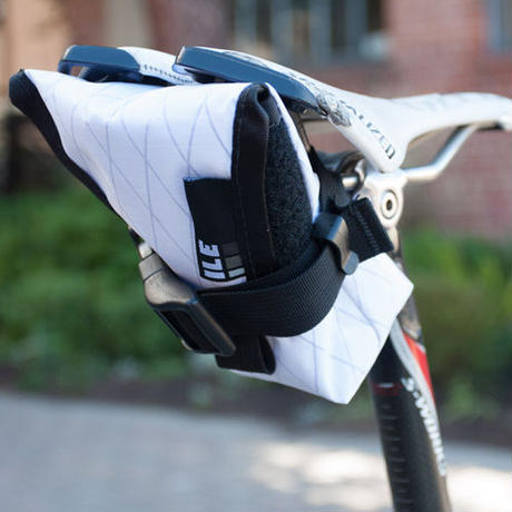 """ILE"" seat bag (x-pac/white)"