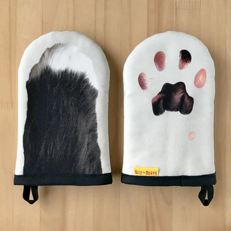 CAT PAW KITCHEN GLOVES - Black & White