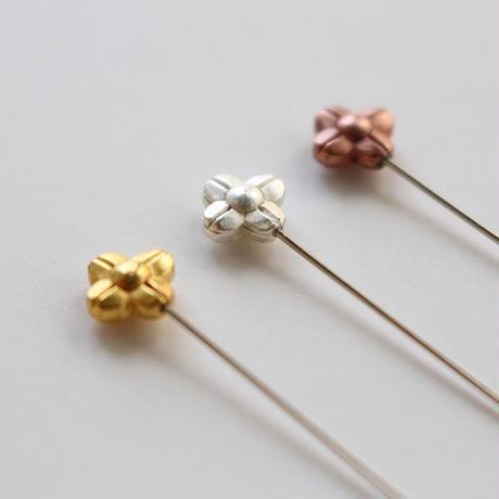 金銀銅色のお花の待針[Cohana]