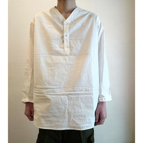 【Russian Military Sleeping Shirt Henley Neck DeadStock】ロシア軍 スリーピングシャツ ヘンリーネック DeadStock