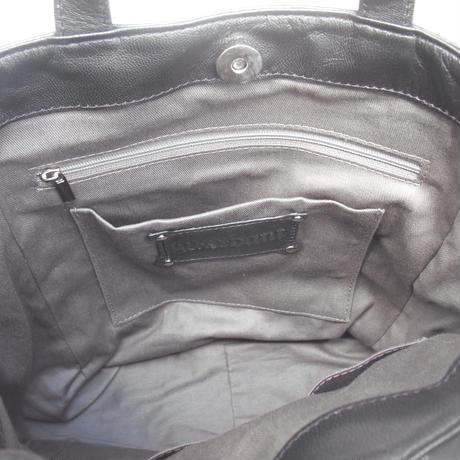 切り替えデザインショルダーバッグ