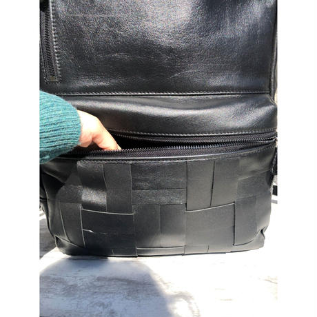 【撥水レザー使用】マスクケース付き大容量メッシュリュック(本革)guardant BLACK