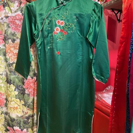 【チャイナフェア 】【USED 古着】 花刺繍 サテン チャイナ ワンピース