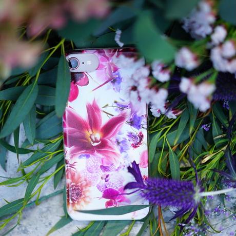 "iphone case  ""lily""(iphoneX/XS)"