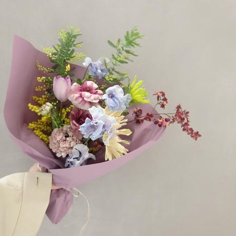 Seasonal gift bouquet S (March)
