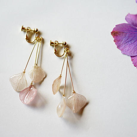 【petal series】hydrangea shower(pierce/earrings)