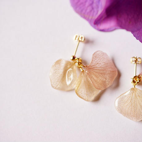 【petal series】hydrangea plum rain(pierce/earrings)