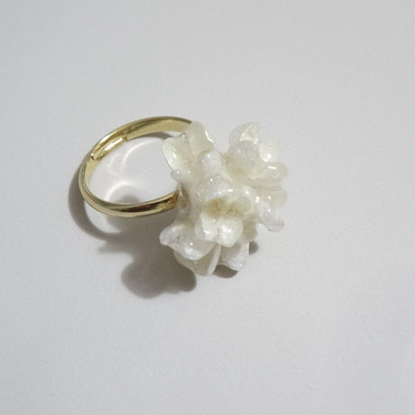 "【ivory series】Flower Pinky  Ring ""flower cone"""