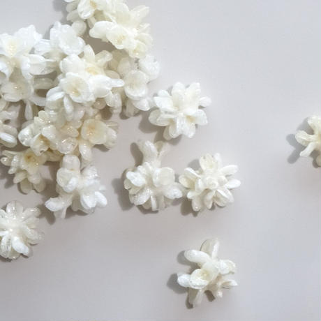 "【ivory series】Flower Earrings(Pierces) ""mini flower cone"""