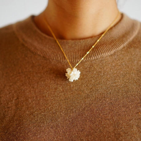 "【ivory series】Flower Necklace ""flower cone"""