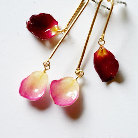 "【petal series】mobile flower earrings(pierce) "" rose×rose """