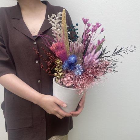 dry flower arrangement  M