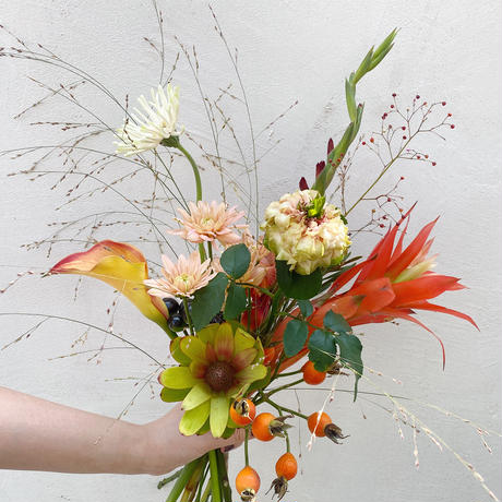 Seasonal gift bouquet S(October)