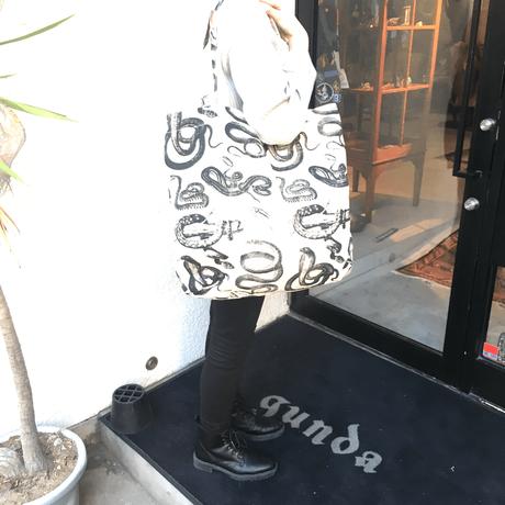 gunda<ガンダ>SNAKE BAG/L [スネークバッグ/L]