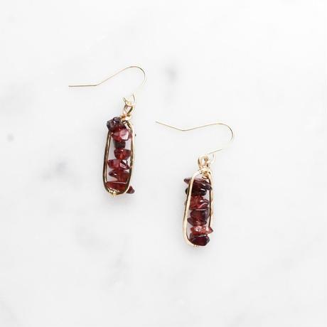 Petit-hoop Gemstone Earrings (Garnet)