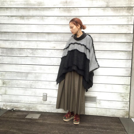 SHIROMA 16-17A/W DARK AGES fur fringe knit poncho -gray-