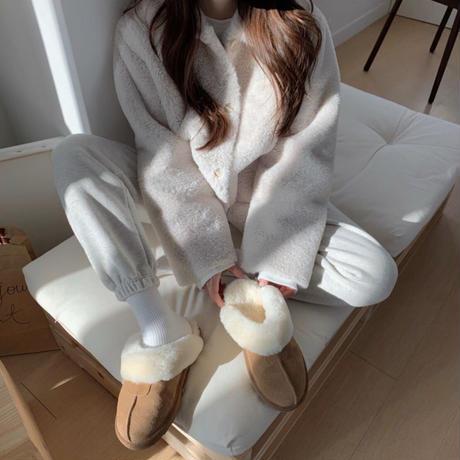 《予約販売》leather far slipper