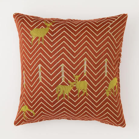 snip snap SATOYAMA cushion cover | deer red