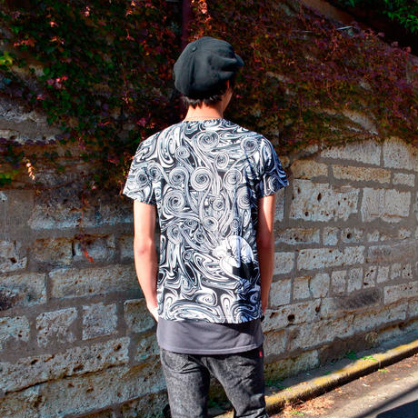 桐絵うずまき総柄Tシャツ-WHITE×BLACK-