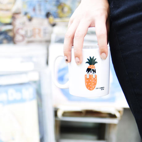 hale'aina HOA × Kim Sielbeck 'Ziggy Pineapple' Coffee Mug