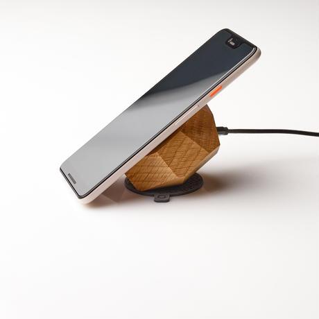 無垢材のワイヤレス充電器(オーク)
