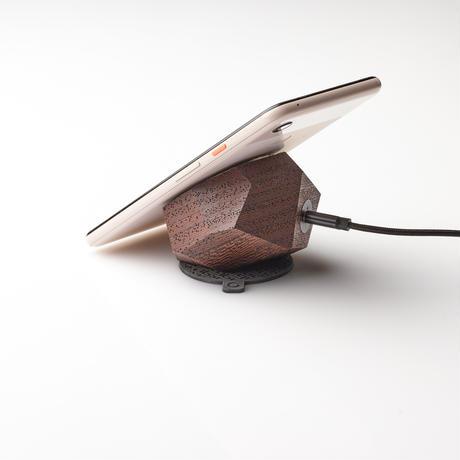 無垢材のワイヤレス充電器(ウェンジ)