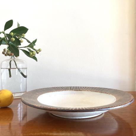 エミシ工房・泥彩リム皿#1
