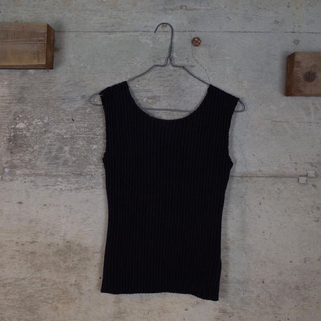 Vintage Designed Sleeveless Top