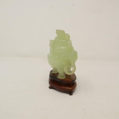 A007【石彫】 玉石 細密獅子摘 彫刻 香炉 唐木足付台