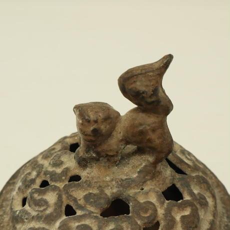A003【香炉】 透かし獅子摘蓋 両耳 青銅
