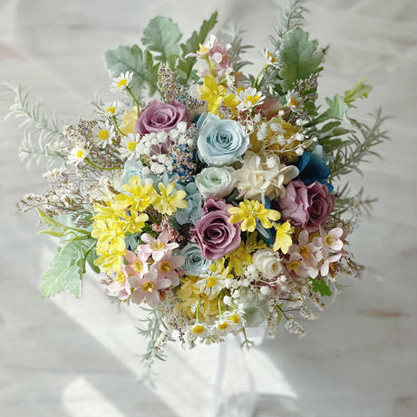 bouquet *fairly blue and yellow *