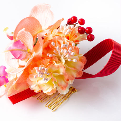 HA-0403 成人式 卒業式 お花 髪飾り 和風オリジナル髪飾り サーモンピンク 胡蝶蘭 水引細工かんざし 南天の実 日本製