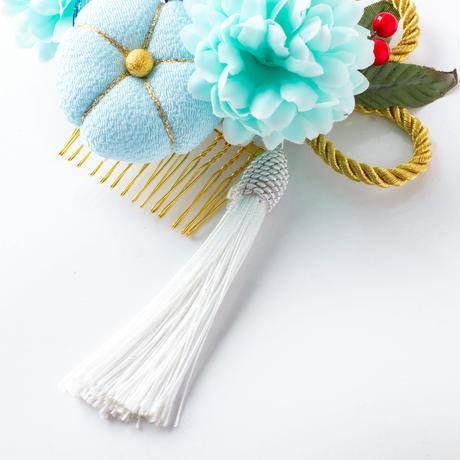 HA-0464 成人式 卒業式 お花 髪飾り 和風オリジナル髪飾り 水色 ちりめんまんじゅう細工 フリンジ 日本製