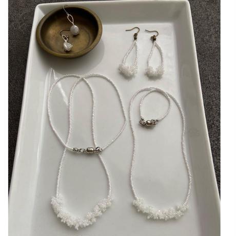 awatsubu  necklace [white/long]