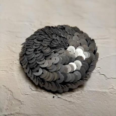 Full  moon  brooch