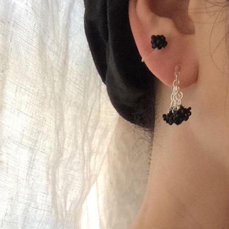 Black pepper 束な耳飾り