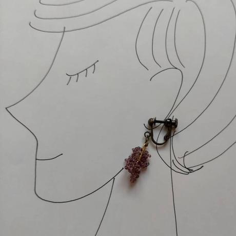 葡萄の粒の耳飾り[purple]