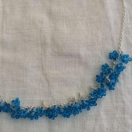 星の粒necklace 【ダークアクアブルー、受注生産品】