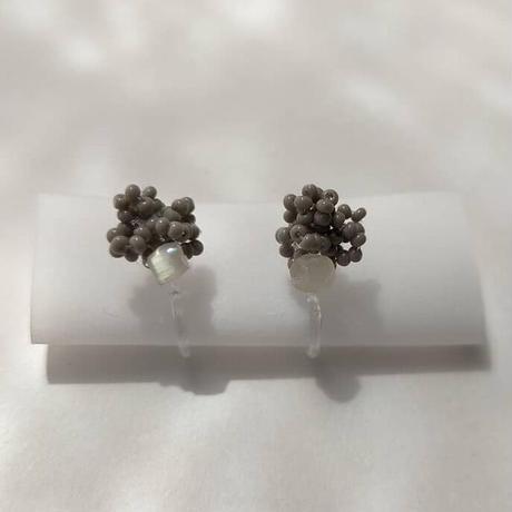 tsubu  gray  pierce