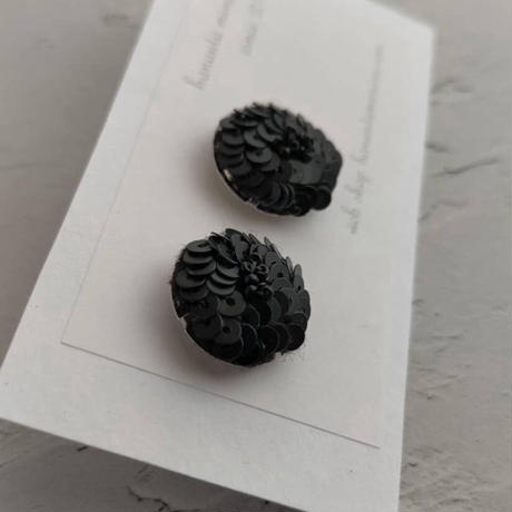 black flower pierce