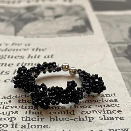 frill イヤーカフ/black   Czech beads[1piece]