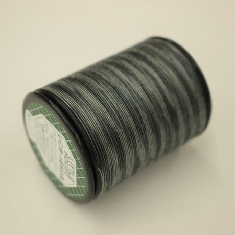 LITTLE HOUSE レインボーキルト糸 #40/300m  色番18